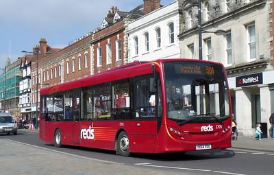 2705 - YX64VOG - Salisbury (Blue Boar Row)