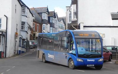 3831 - HF64BOU - Lyme Regis (square)
