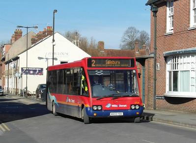 3754 - MX03YDD - Salisbury (Rollestone St) - 18.2.13