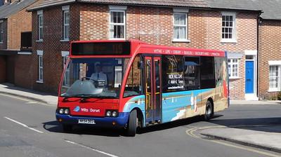 3701 - NK54DEU - Lymington (Gosport St)