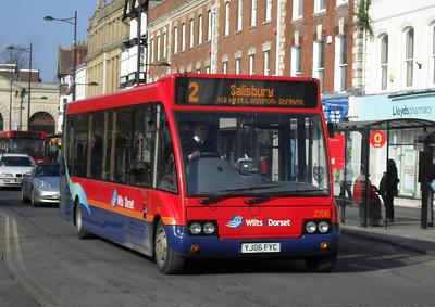 3756 - YJ06FYC - Salisbury (Blue Boar Row) - 4.3.11