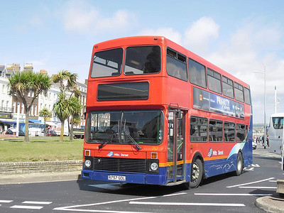 4757 - R757GDL - Weymouth (King's Statue) - 10.8.11