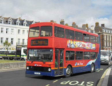 4756 - R756GDL - Weymouth (King's Statue) - 10.8.11