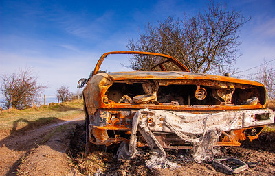Abandoned car in Wiltshire
