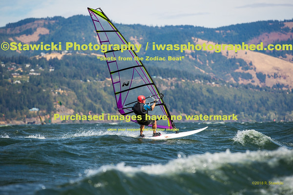 Swell City-Broughton Beach 8 30 18-3859