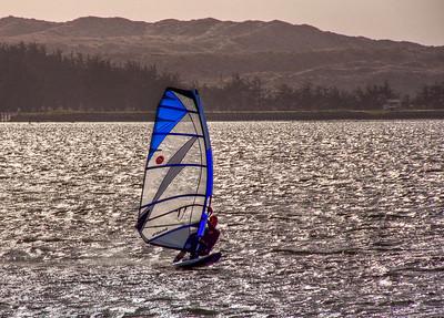 sail-windboarding-4