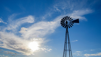 20201210_Barker windmill, clouds_0028 16 x 9