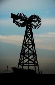 Two headed windmill