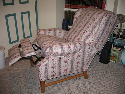 Believe it or not! This recliner has a Slipcover