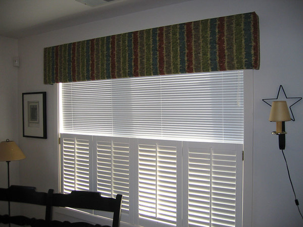 Upholstered Cornice (over Aluminum Blinds and Cafe Style Shutters)