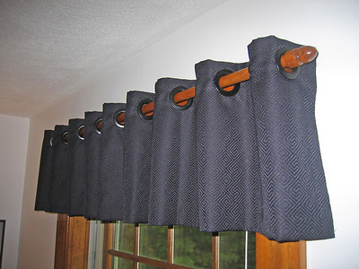 Grommet Valance on Wood Pole Rod