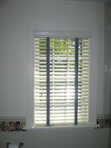 "2"" Wood blind with decorative tapes"