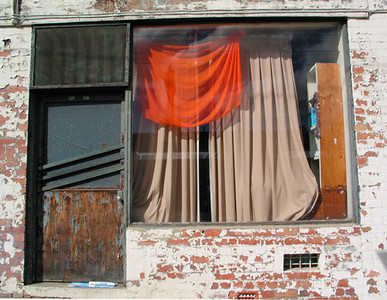 Orange curtain, Parkville 2003 30 x 37cm