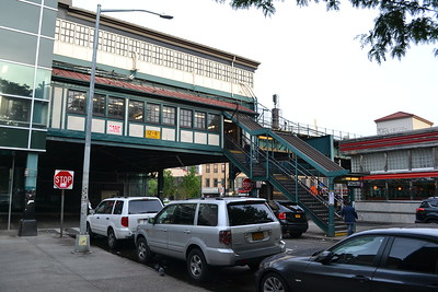 Court Square Station