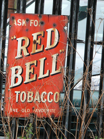 'Red Bell' Tobacco - Severn Valley Railway, Kidderminster Station 110719