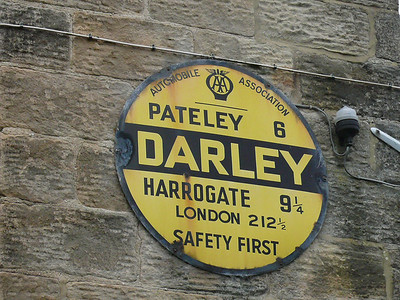 AA Round Sign - Darley School 100915