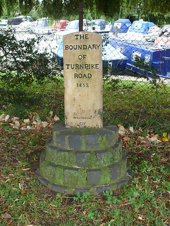Boundary Stone - [A10] Ely, Station Road 110906 [CA_ELYt]