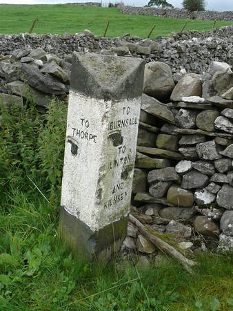 Guide Stone - [B6160] Thorpe 100804 [YN_XXTB]