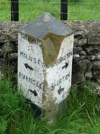 Guide Stone - [B6160] Linton 100809 [YN_XXTG]