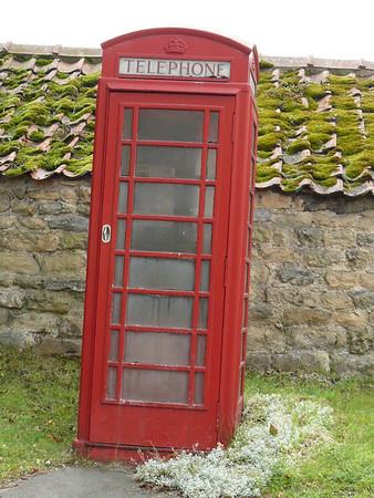 Telephone Box - Ampleforth 110802