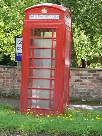 Telephone Box - Alne 110805
