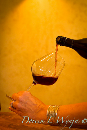 Pouring Roco_185