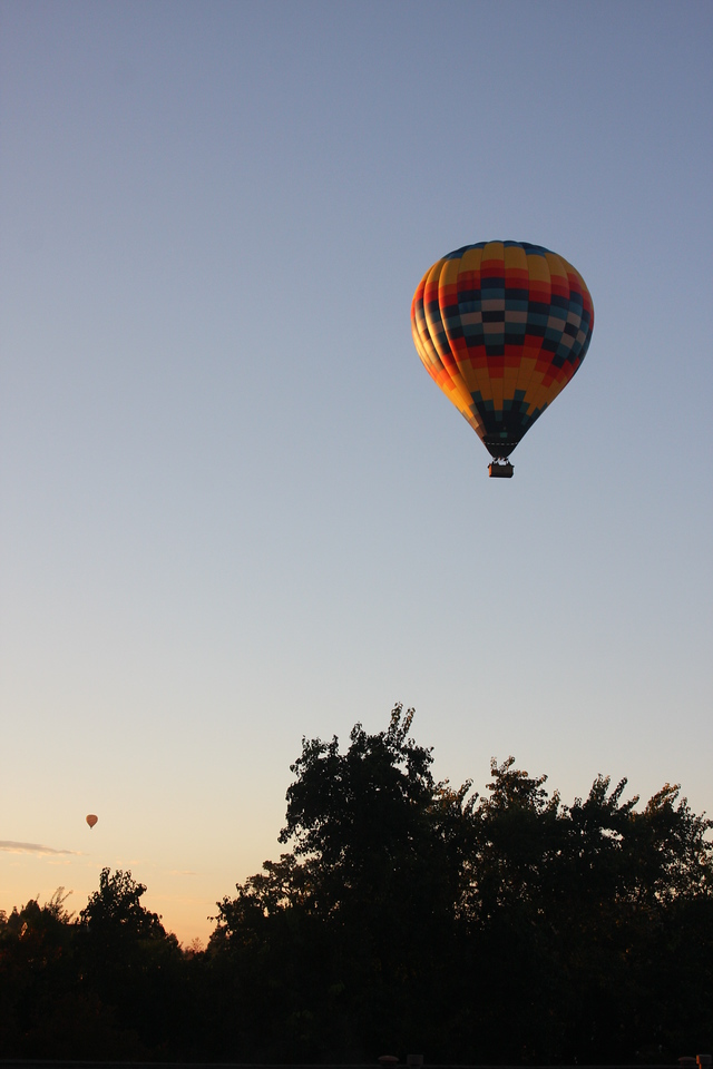 Balloons in Yountville.  The sound of them taking off woke us each morning.  It was really a welcome sight!