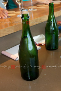 Shiners of sparkling wine