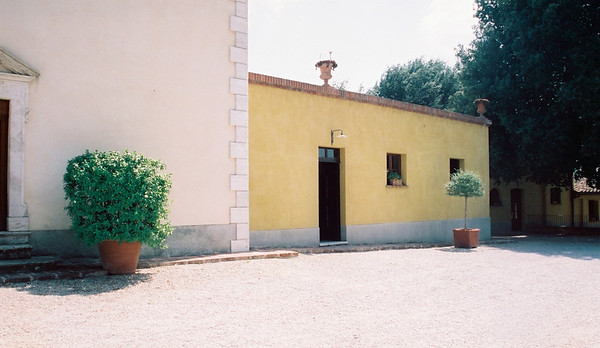 Avignonesi tasting room