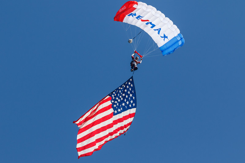 Re/MAX Sky Diving Team