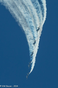 Blue Angels Dive-1