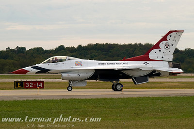 UnitedStatesAirForceThunderbirds_45