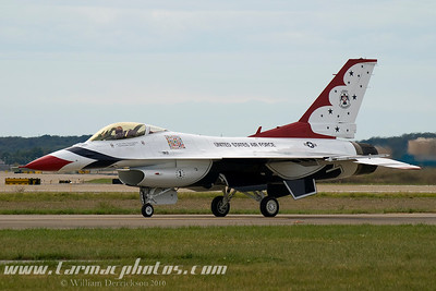UnitedStatesAirForceThunderbirds_41