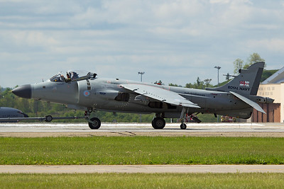 British Aerospace Sea Harrier FA2 XZ439 N94422 5-13-17