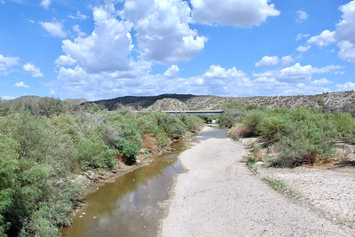 Looking east along the Gila River (2018)