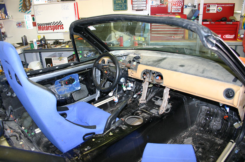 Example of a cut down dash - I'm going for something like this but will retain the center stack for radio, aftermarket heater control, power window controls, etc.