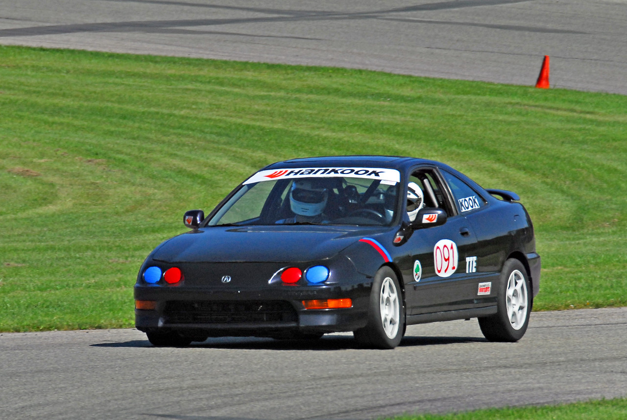 In addition to drinking and golfing, I also did a couple of laps in Al's Integra.  I ran a 1:42 on Sunday, which was good enough for 2nd...out of 2 cars...