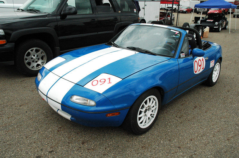 The Miata in the paddock, check out my new red numbers for this year.  Sure it's a little obnoxious but red, white and blue is the most successful color combination in the history of the world.