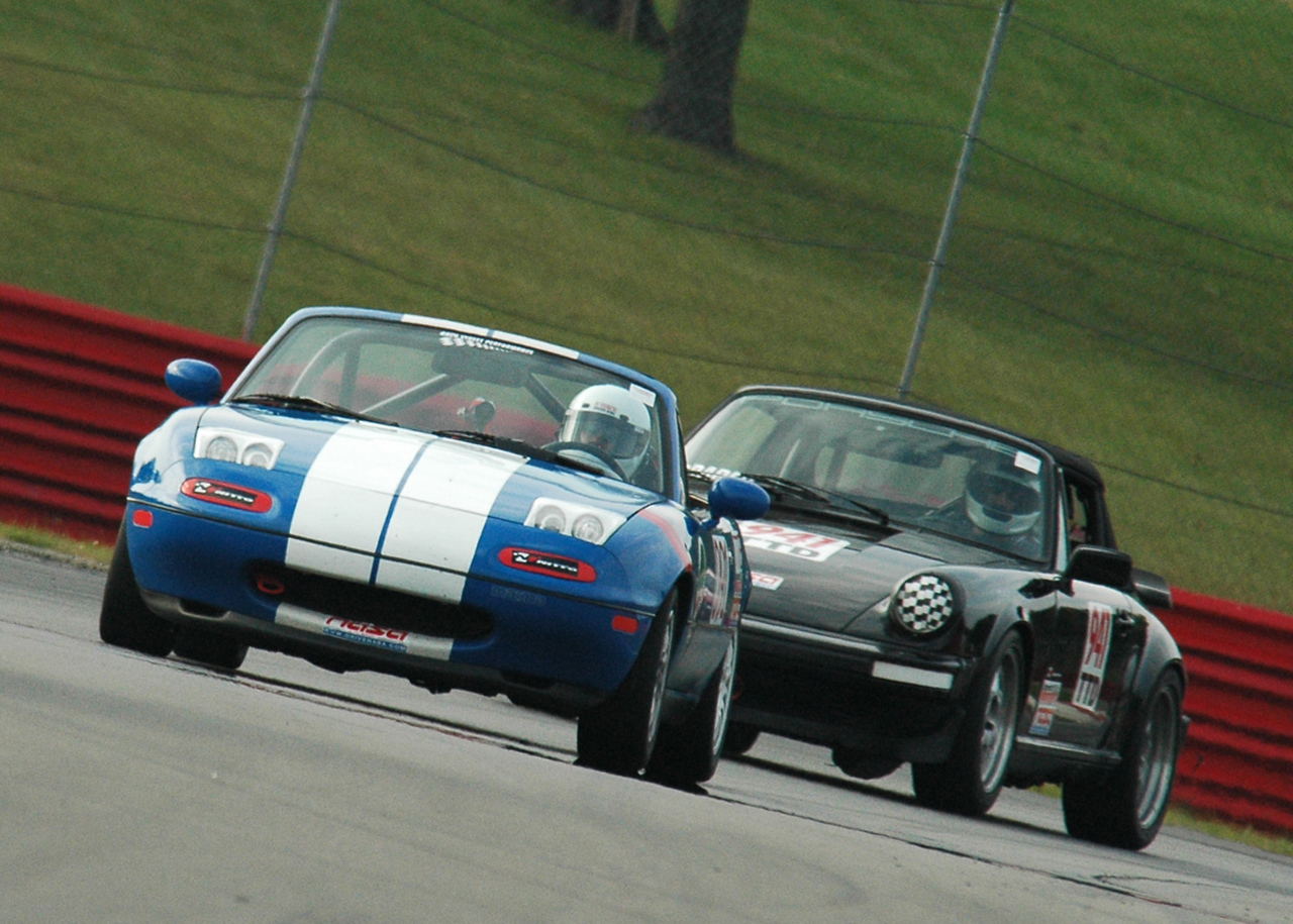 Now here is John Graber chasing me in his 911.  He didn't catch up either.