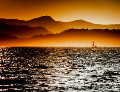 Strait's Sun