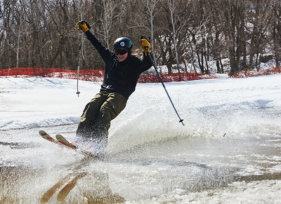 DAVID LIPNOWSKI / WINNIPEG FREE PRESS  Rowan Parnell enjoys the last day of downhill skiing and snowboarding at Stony Mountain Ski Area Sunday April 15, 2018.