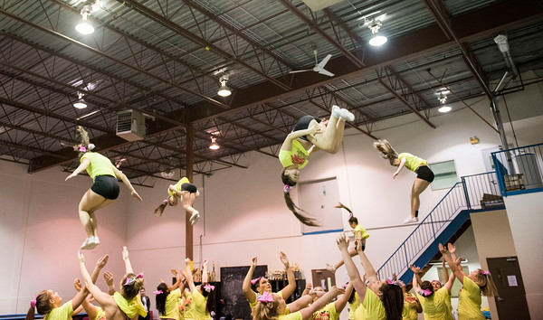 DAVID LIPNOWSKI / WINNIPEG FREE PRESS   Local competitive cheerleading team, Central Cheer Queen Katz during practice Sunday April 24, 2016.