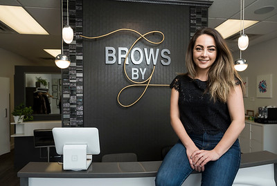 DAVID LIPNOWSKI / WINNIPEG FREE PRESS  Founder and CEO of Brows by G, Giovanna Minenna at her shop on Grant Ave Thursday April 27, 2017.
