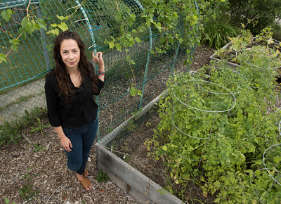 DAVID LIPNOWSKI / WINNIPEG FREE PRESS  PhD student of the faculty of social work, Tabitha Martens spoke about Indigenous food sovereignty at 13 fires: food at Norwest Coop Community Food Centre Saturday August 27, 2016.