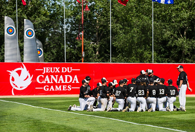 DAVID LIPNOWSKI / WINNIPEG FREE PRESS  Team Manitoba prepares for their semifinal Canada Summer Games baseball game against Alberta Thursday August 3, 2017 at Shaw Park.