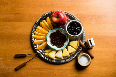 DAVID LIPNOWSKI / WINNIPEG FREE PRESS  Dark Chocolate Coconut Bliss Fondue  Photographed for Wendy King column Monday February 6, 2017.