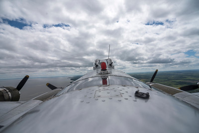 DAVID LIPNOWSKI / WINNIPEG FREE PRESS  A Boeing B-17 Bomber (Flying Fortress) during a media flight from the Gimli Airport Wednesday July 6, 2016. The World War 2 era plane is one of only 13 aircraft of its type still flying.