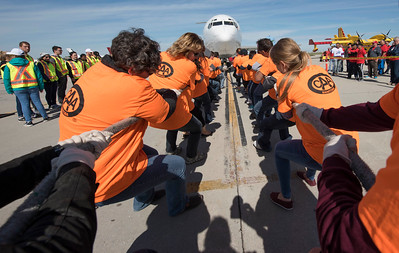 DAVID LIPNOWSKI / WINNIPEG FREE PRESS  The CAA team participates in the United Way Winnipeg's 13th Annual Plane Pull Friday September 23, 2016 at Red River College's Stevenson Campus.