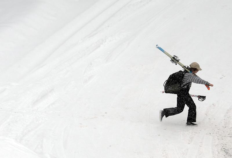 13.8 inches of snow, frigid temps shut down Boulder schools ...
