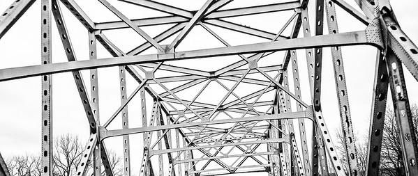 Bridge over Missouri River, west of Columbia on I-70.